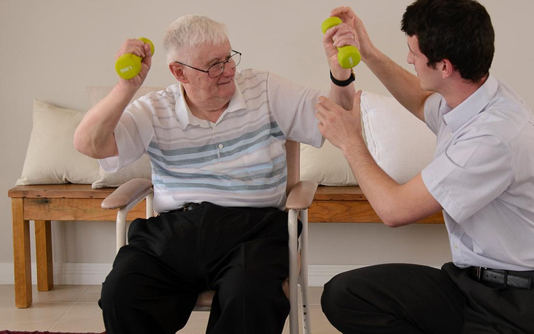 How An Occupational Therapist in Englewood NJ Helps with Senior Health